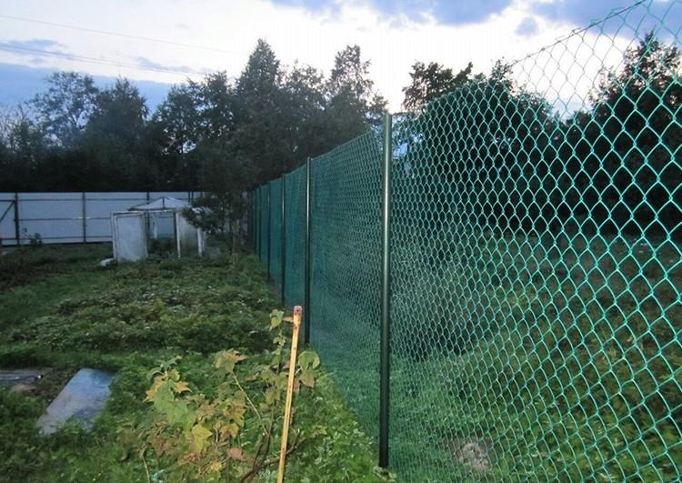 Бюджетный забор для дачи.