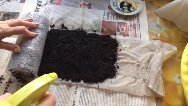 В качестве основы для «улитки» можно использовать пузырчатую плёнку.
